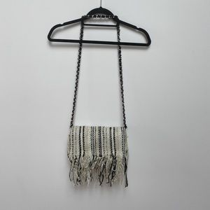 Knitted fringe purse